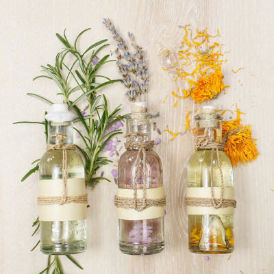 15 Best Essential Oil Combinations & Diffuser Blends to Refresh Your Home