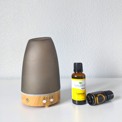 How to Use Essentials Oils for Allergies [DIY Allergy Blend]